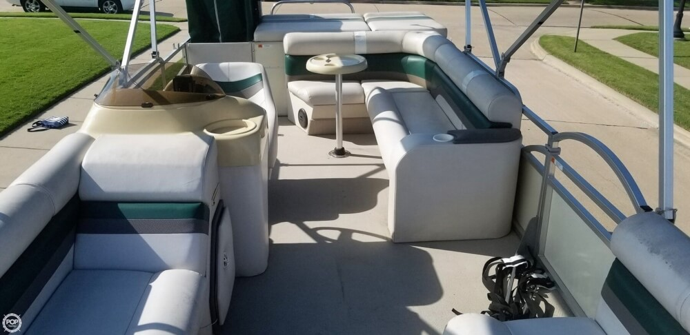 2009 Voyager boat for sale, model of the boat is 22 Sport Cruiser & Image # 9 of 40