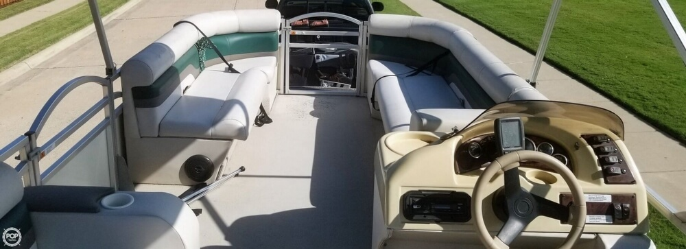2009 Voyager boat for sale, model of the boat is 22 Sport Cruiser & Image # 6 of 40