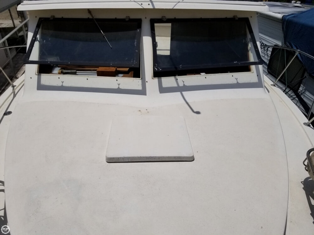 1976 Trojan boat for sale, model of the boat is 28 Sedan & Image # 12 of 40