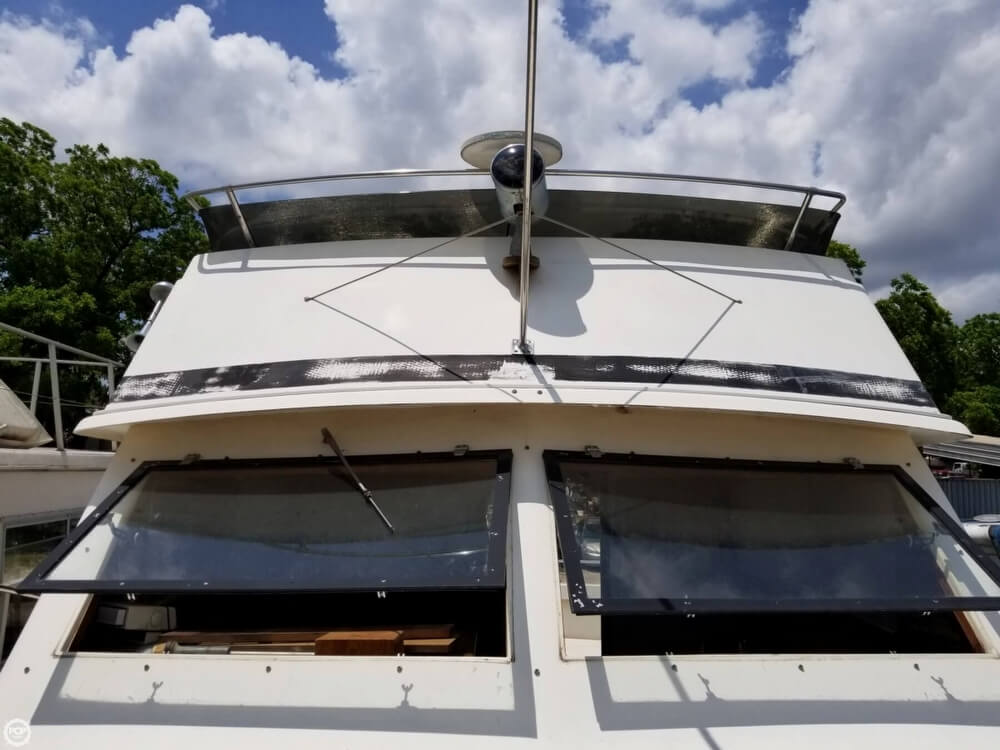 1976 Trojan boat for sale, model of the boat is 28 Sedan & Image # 17 of 40