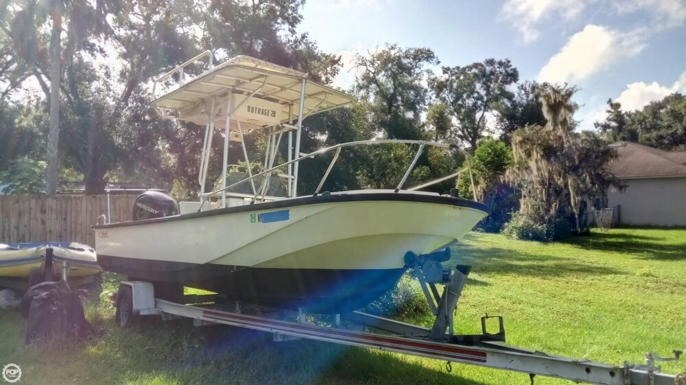 1979 Boston Whaler boat for sale, model of the boat is Outrage V-20 & Image # 2 of 40