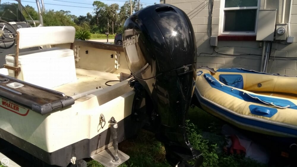 1979 Boston Whaler boat for sale, model of the boat is Outrage V-20 & Image # 5 of 40