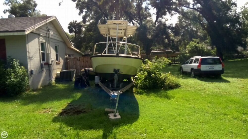 1979 Boston Whaler boat for sale, model of the boat is Outrage V-20 & Image # 3 of 40