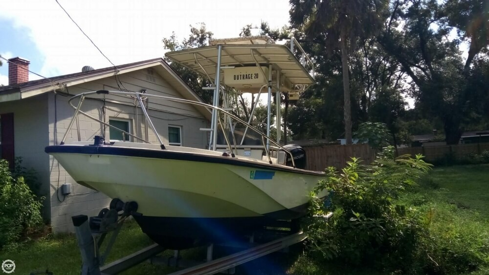 1979 Boston Whaler boat for sale, model of the boat is Outrage V-20 & Image # 7 of 40