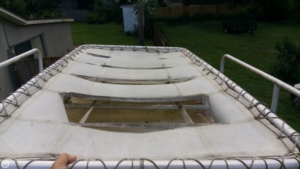 1979 Boston Whaler boat for sale, model of the boat is Outrage V-20 & Image # 18 of 40