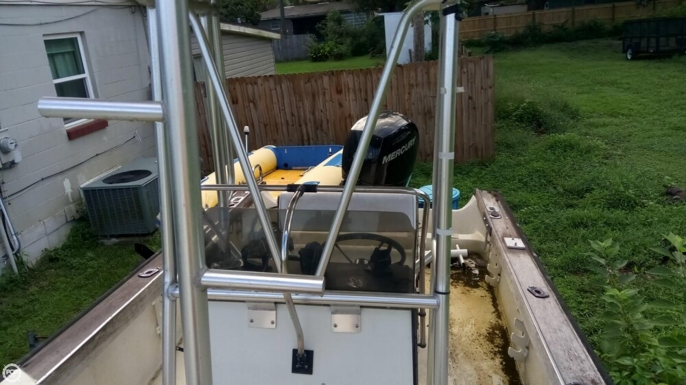 1979 Boston Whaler boat for sale, model of the boat is Outrage V-20 & Image # 24 of 40