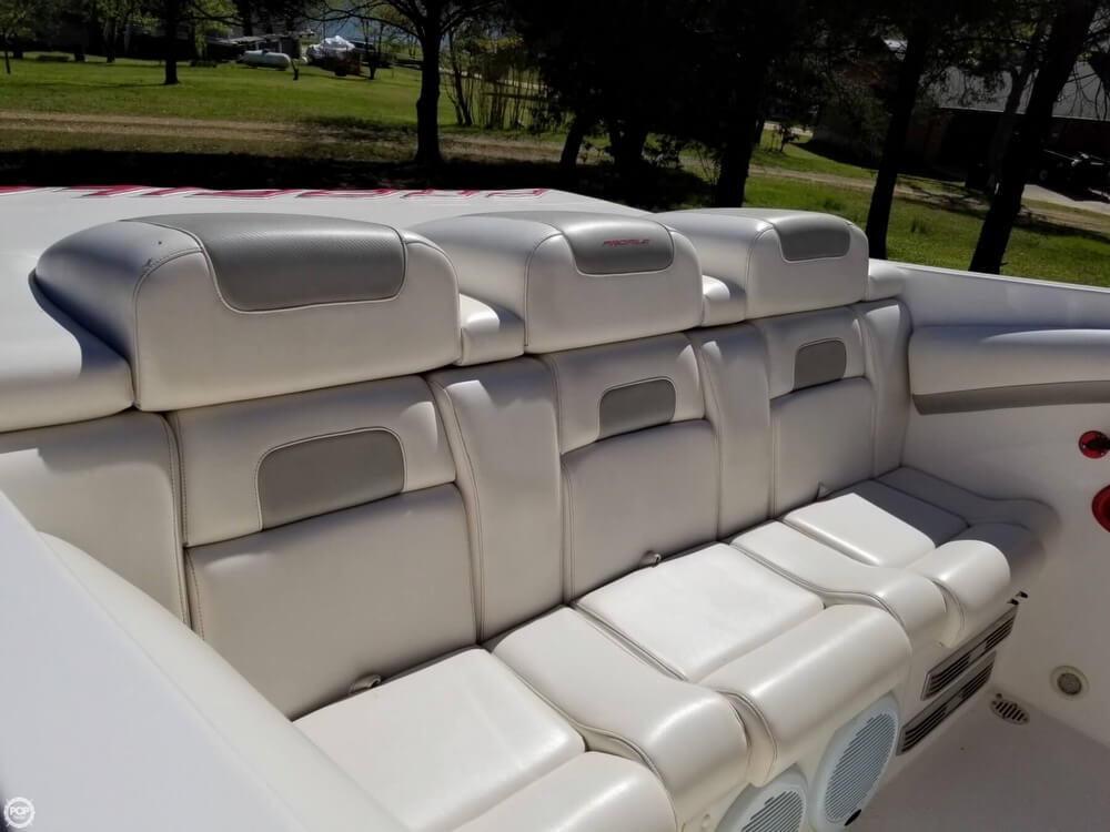 2008 Profile boat for sale, model of the boat is 382V Poker Run Edition & Image # 17 of 40