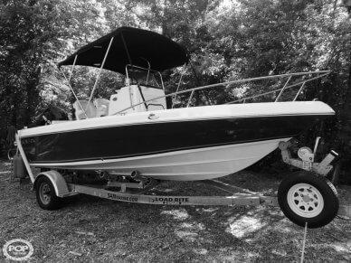 Sea Fox 197 Pro Series Center Console, 19', for sale - $22,650