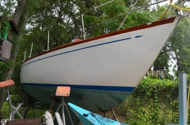 Hallberg-Rassy Mistral 33, 33', for sale - $12,900