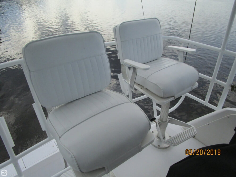 1999 Luhrs 36 - image 27