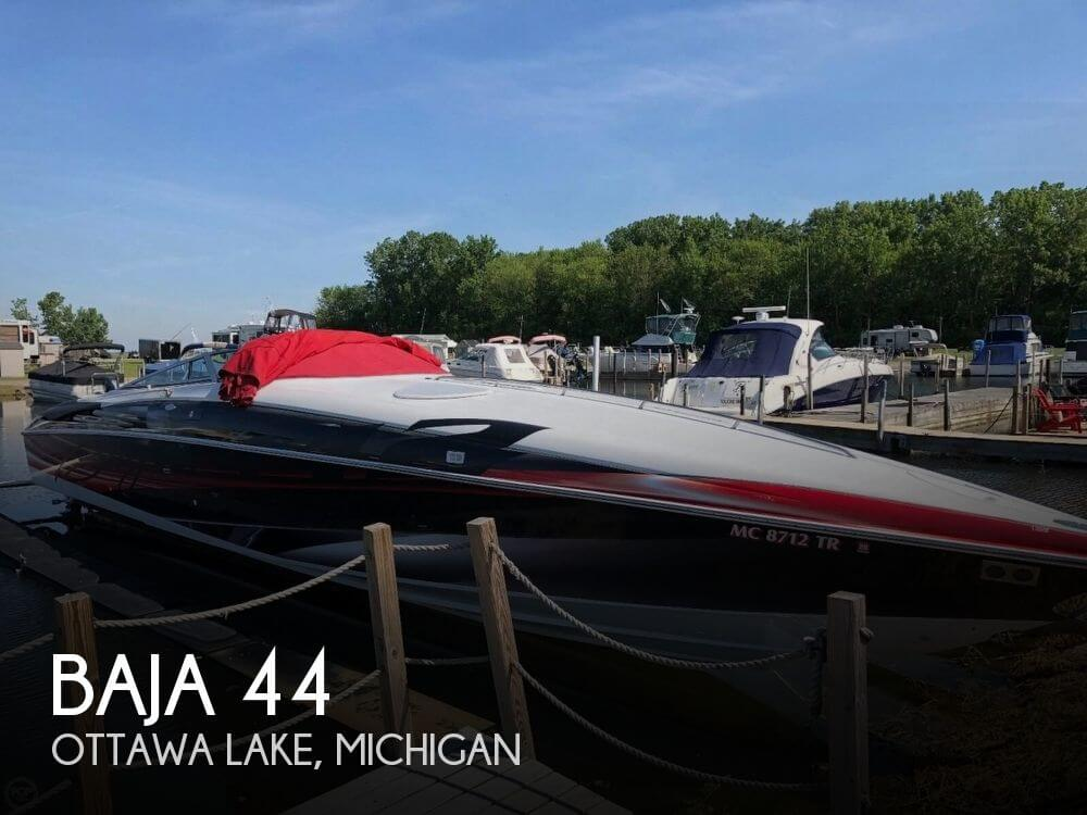 Used Boats For Sale in Michigan by owner | 2000 Baja 44