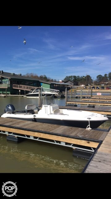 2017 Robalo boat for sale, model of the boat is R180 & Image # 4 of 6