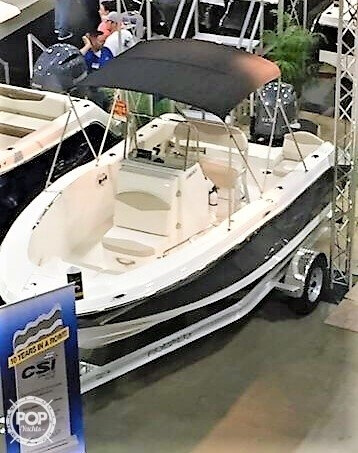 2017 Robalo boat for sale, model of the boat is R180 & Image # 5 of 6