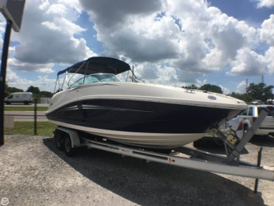 Sea Ray 260 Sundeck, 26', for sale - $34,995