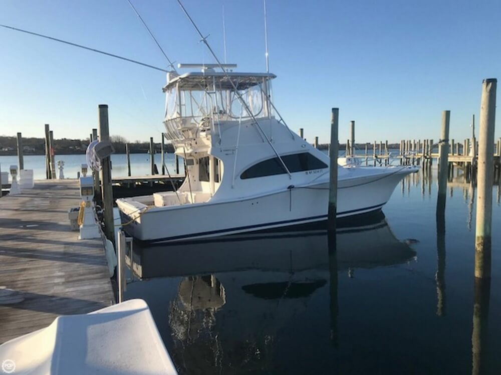 2007 Luhrs boat for sale, model of the boat is Convertible 36 & Image # 2 of 40