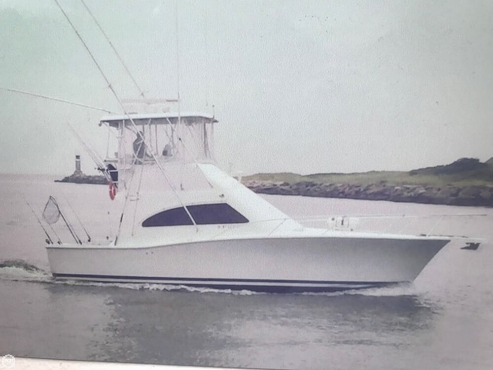 2007 Luhrs Convertible 36 - image 8