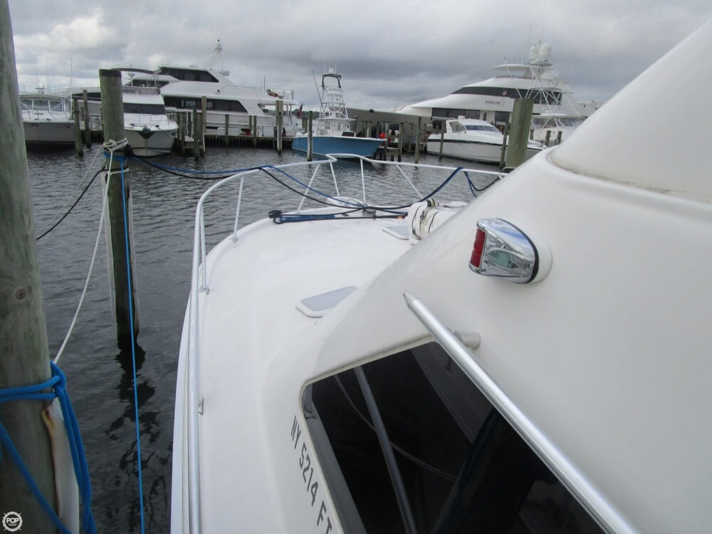 2007 Luhrs boat for sale, model of the boat is Convertible 36 & Image # 24 of 40
