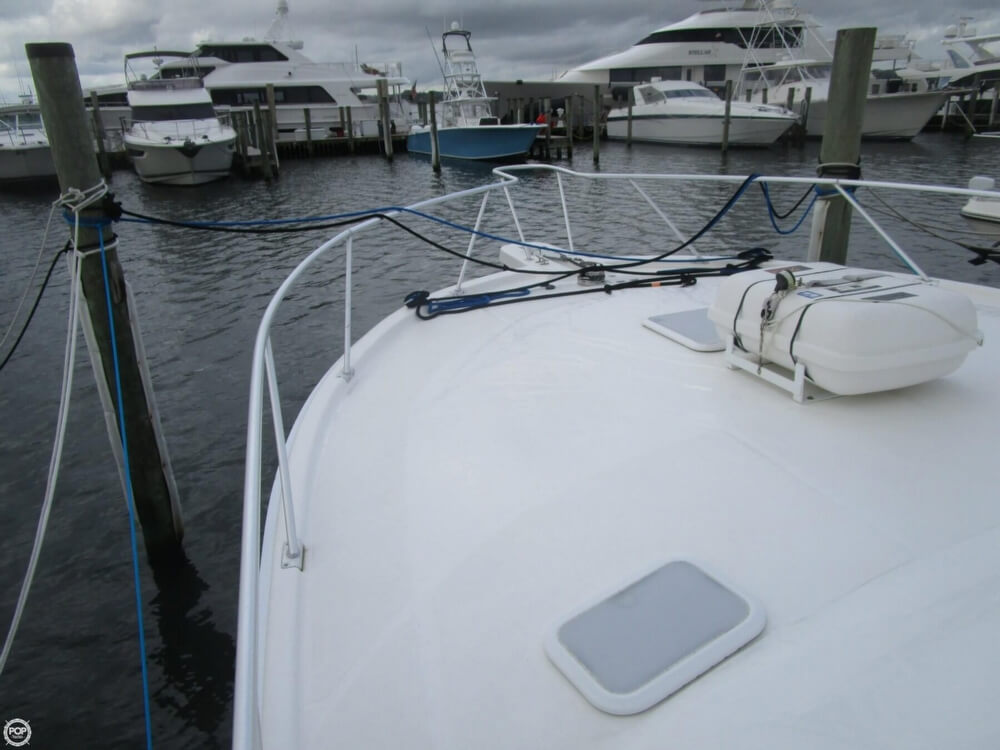 2007 Luhrs boat for sale, model of the boat is Convertible 36 & Image # 25 of 40