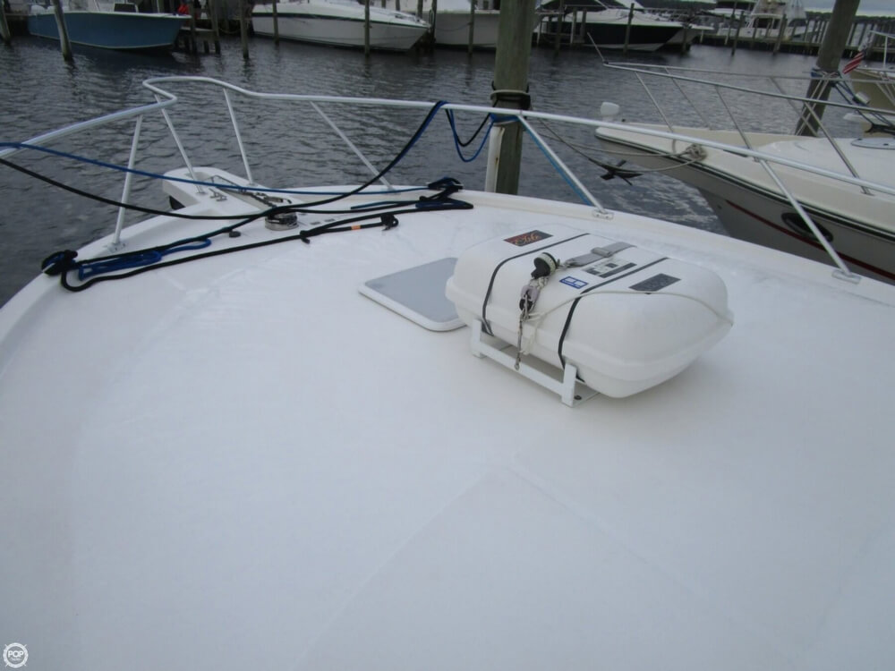 2007 Luhrs boat for sale, model of the boat is Convertible 36 & Image # 26 of 40