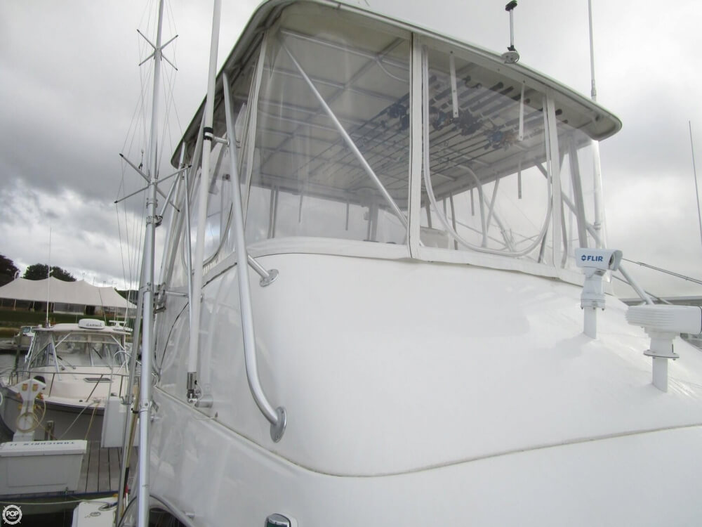 2007 Luhrs boat for sale, model of the boat is Convertible 36 & Image # 37 of 40