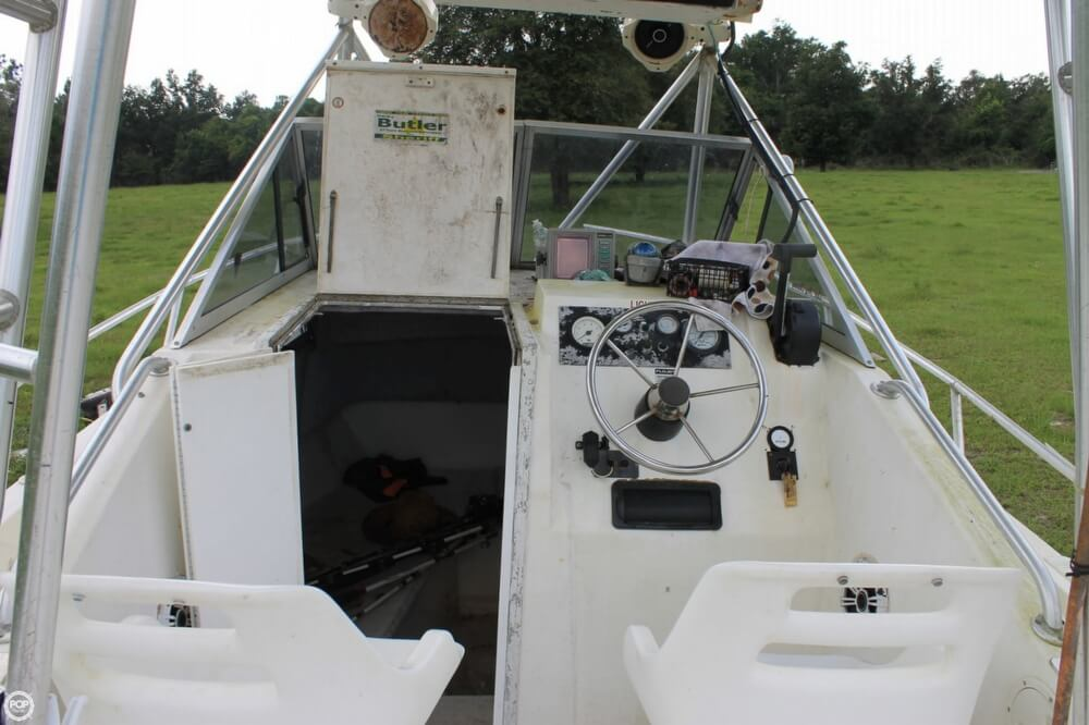 2000 American Angler boat for sale, model of the boat is 240 & Image # 14 of 41