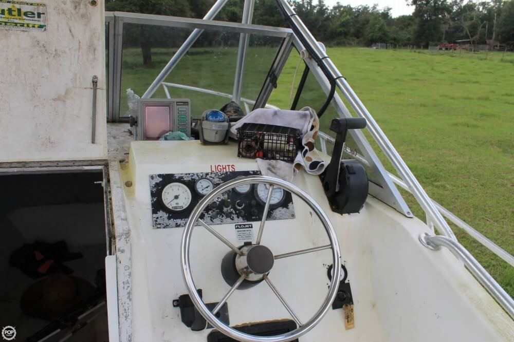 2000 American Angler boat for sale, model of the boat is 240 & Image # 15 of 41