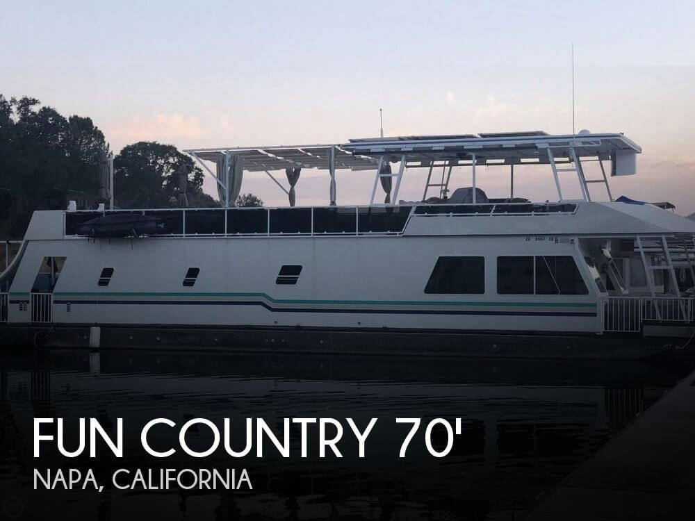 Used Houseboats For Sale in Sacramento, California by owner | 2004 Fun Country 70