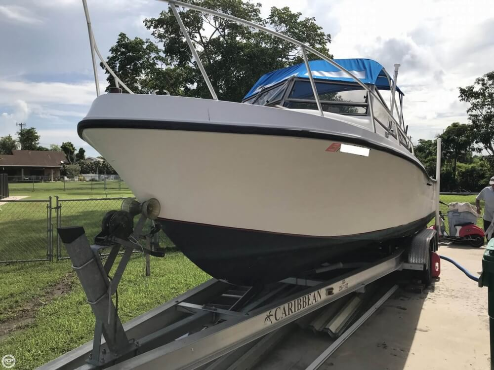 1986 Mako boat for sale, model of the boat is 258 & Image # 5 of 31