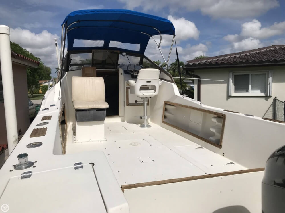 1986 Mako boat for sale, model of the boat is 258 & Image # 9 of 31