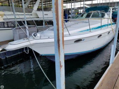 Donzi 3250 LXC, 33', for sale - $36,500