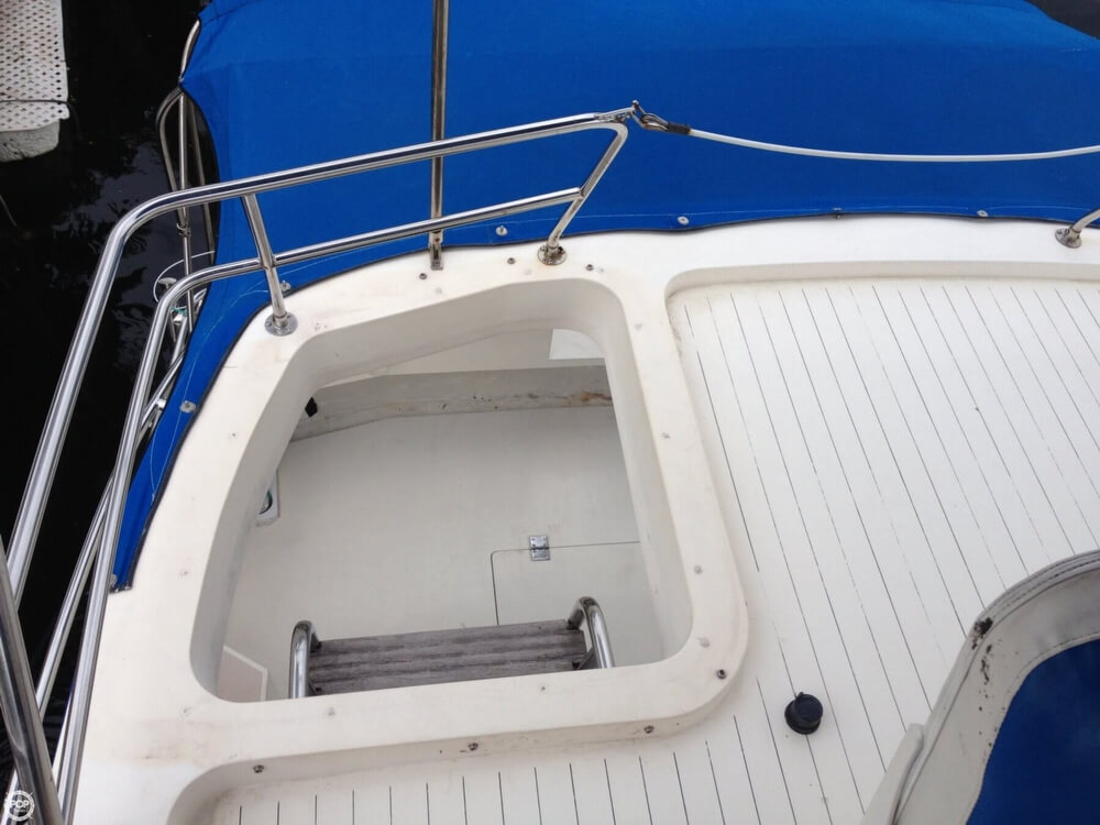 1983 Princess Yachts boat for sale, model of the boat is 412-2 & Image # 15 of 40