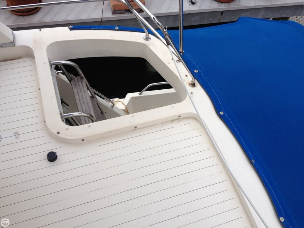 1983 Princess Yachts boat for sale, model of the boat is 412-2 & Image # 21 of 40