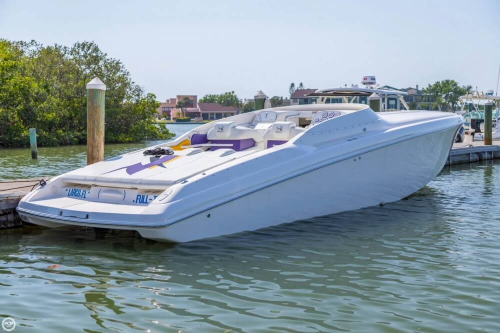 2001 Powerquest boat for sale, model of the boat is 380 Avenger & Image # 17 of 40