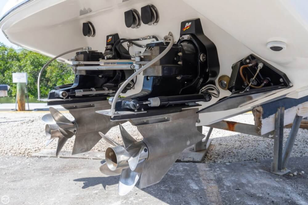 2001 Powerquest boat for sale, model of the boat is 380 Avenger & Image # 25 of 40