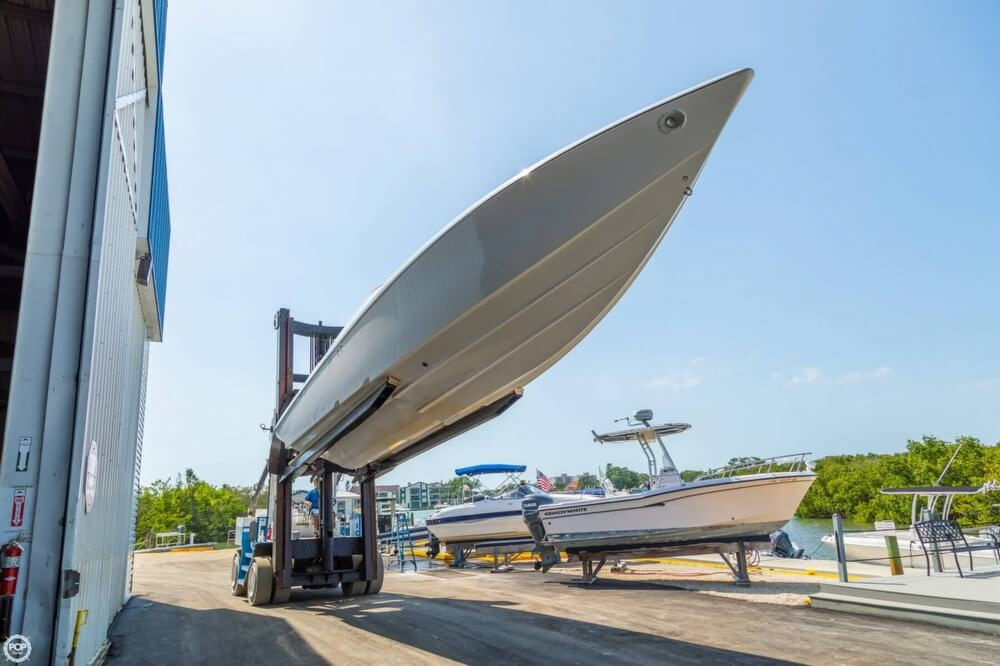 2001 Powerquest boat for sale, model of the boat is 380 Avenger & Image # 27 of 40