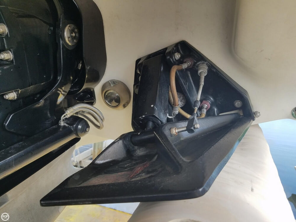 2001 Powerquest boat for sale, model of the boat is 380 Avenger & Image # 34 of 40