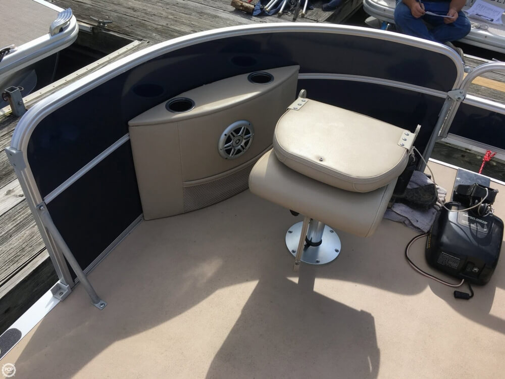 2015 Berkshire Pontoons boat for sale, model of the boat is CTS 212A & Image # 16 of 41