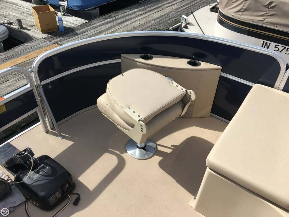 2015 Berkshire Pontoons boat for sale, model of the boat is CTS 212A & Image # 17 of 41