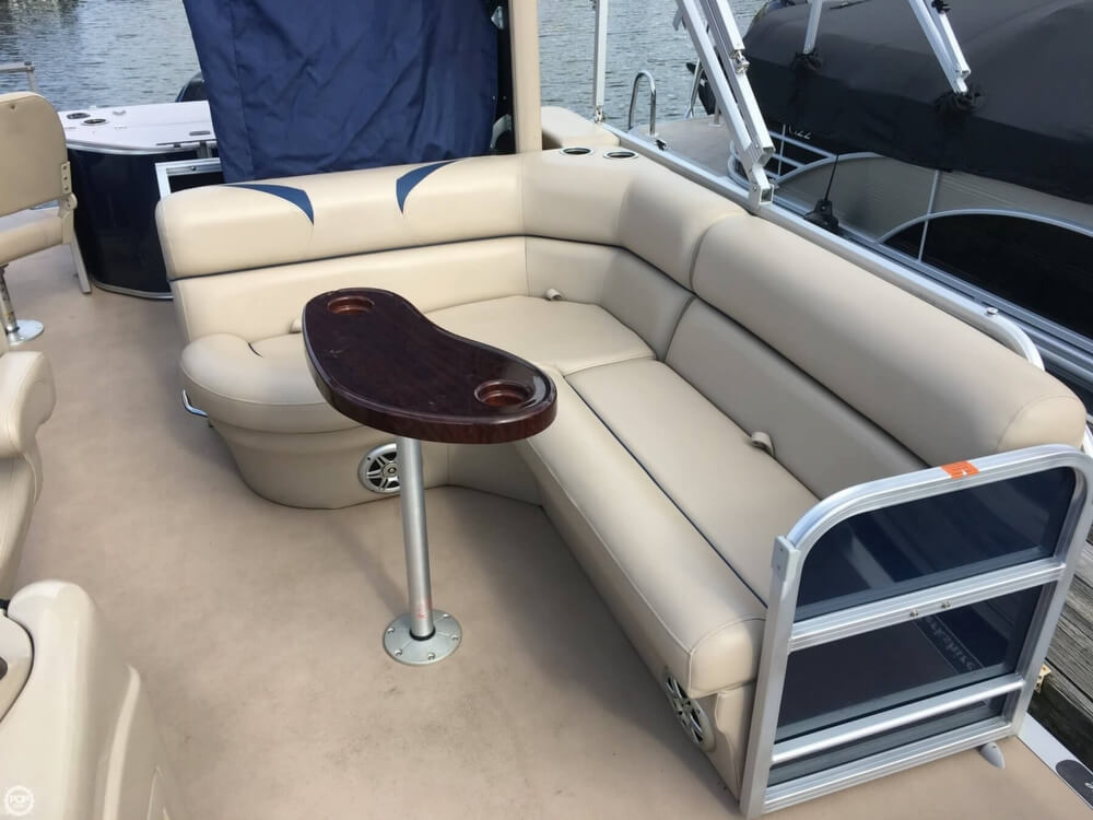 2015 Berkshire Pontoons boat for sale, model of the boat is CTS 212A & Image # 25 of 41
