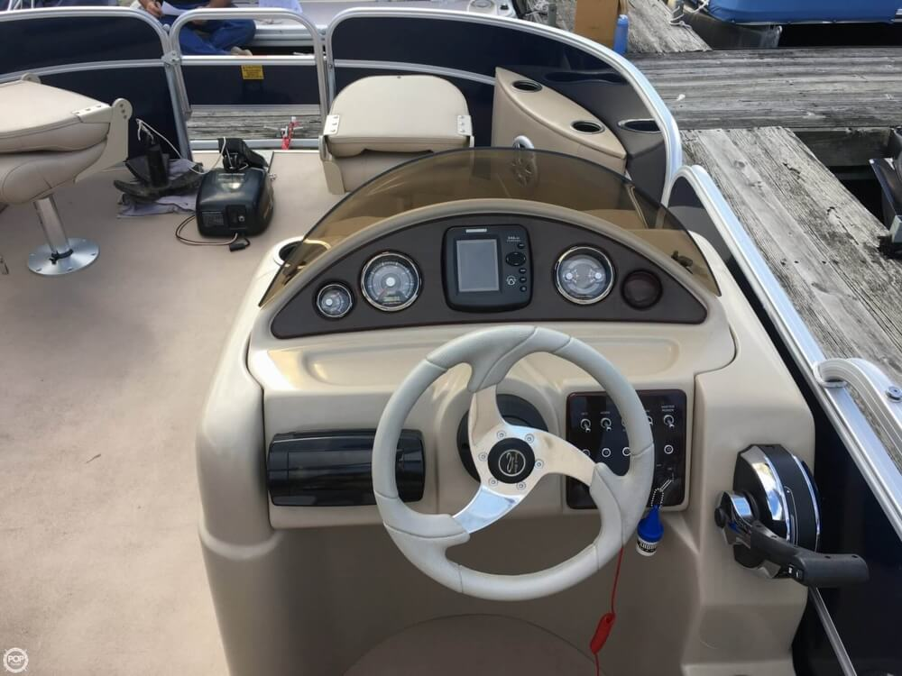 2015 Berkshire Pontoons boat for sale, model of the boat is CTS 212A & Image # 26 of 41