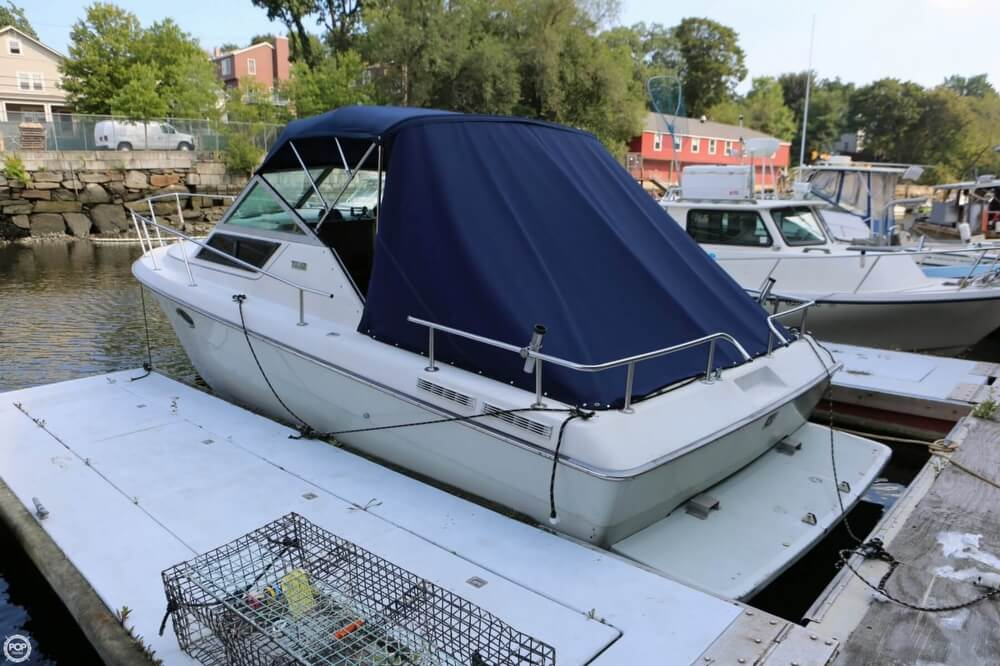 1986 Tiara Yachts boat for sale, model of the boat is 2700 Continental & Image # 2 of 40