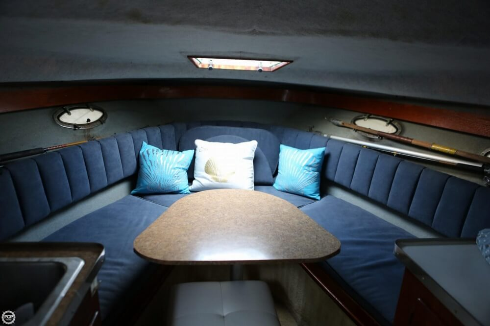 1986 Tiara Yachts boat for sale, model of the boat is 2700 Continental & Image # 6 of 40