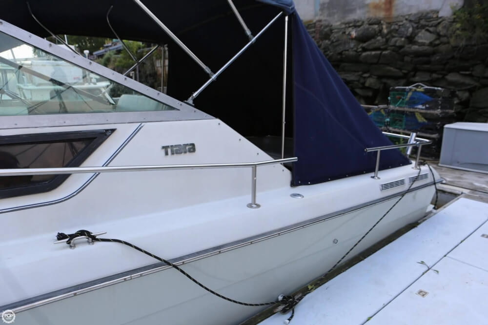 1986 Tiara Yachts boat for sale, model of the boat is 2700 Continental & Image # 26 of 40