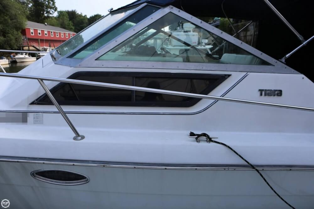1986 Tiara Yachts boat for sale, model of the boat is 2700 Continental & Image # 27 of 40