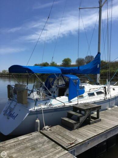Hunter 34, 34', for sale - $14,500