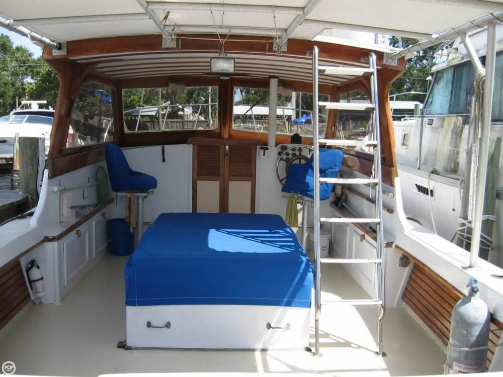1979 Vineyard Haven boat for sale, model of the boat is Hawk 30 & Image # 8 of 40