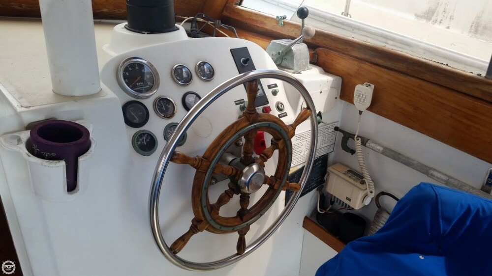 1979 Vineyard Haven boat for sale, model of the boat is Hawk 30 & Image # 10 of 40