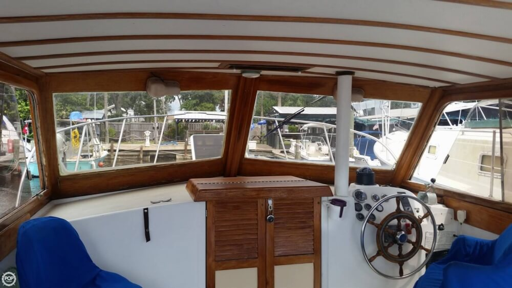 1979 Vineyard Haven boat for sale, model of the boat is Hawk 30 & Image # 26 of 40