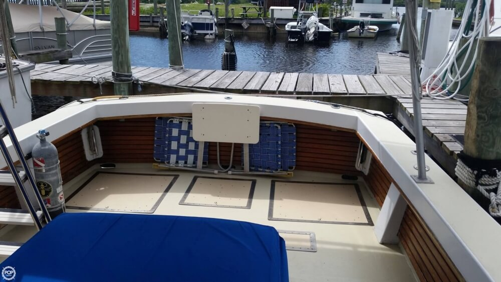 1979 Vineyard Haven boat for sale, model of the boat is Hawk 30 & Image # 29 of 40