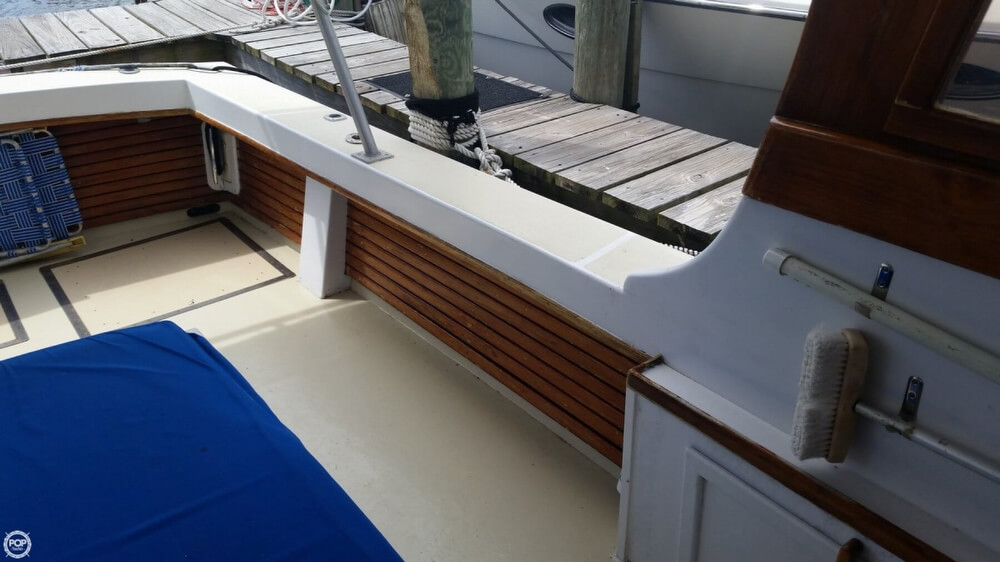 1979 Vineyard Haven boat for sale, model of the boat is Hawk 30 & Image # 30 of 40